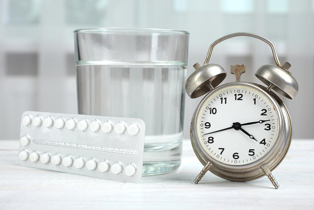 laktacja, karmienie piersią, kp, mleko matki, laktacja a leki, leki podczas karmienia